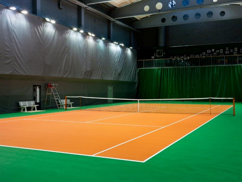 Теннисный корт Lawn tennis club