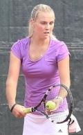 Тренер по теннису Юлия