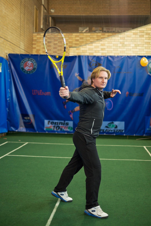 Инструктор по большому теннису Назар